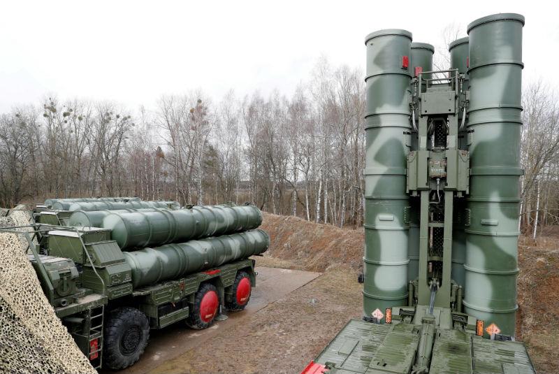 Resultado de imagen para Temor de una nueva carrera armamentista: EU y Rusia ponen fin al tratado de Misiles INF