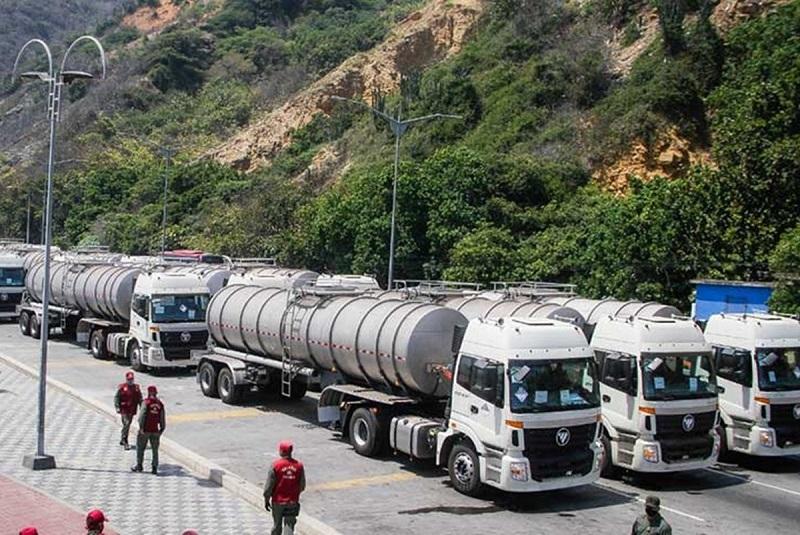 Implementan súper cisternas como solución ante protestas por falta de agua en Venezuela. Noticias en tiempo real