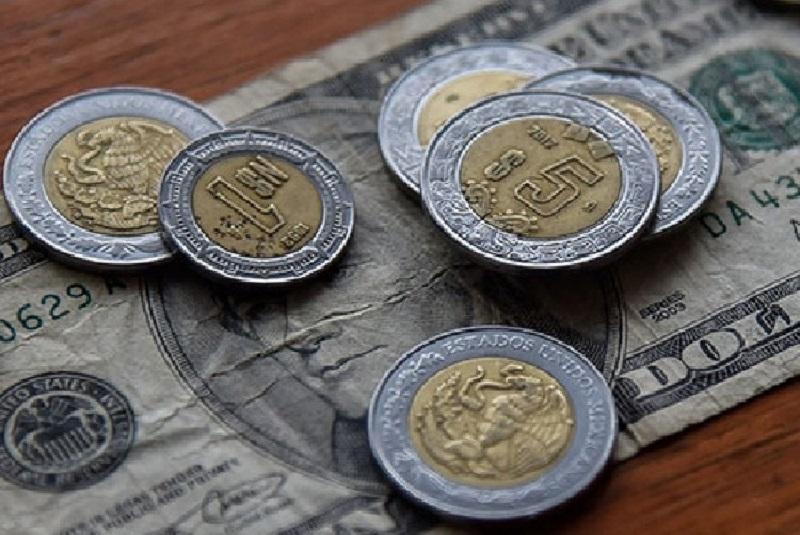 Peso pierde tras sesión volátil; bolsa cierra con ganancias. Noticias en tiempo real