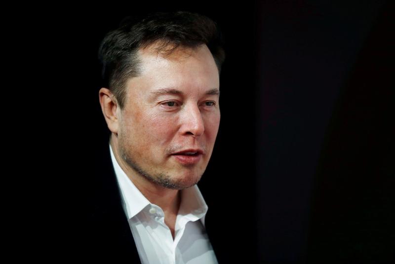 Elon Musk promete mejores baterías de autos eléctricos y a mitad de precio. Noticias en tiempo real