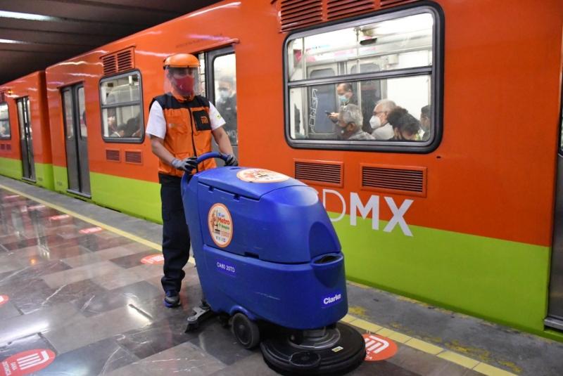 Metro mejora equipos de limpieza. Noticias en tiempo real