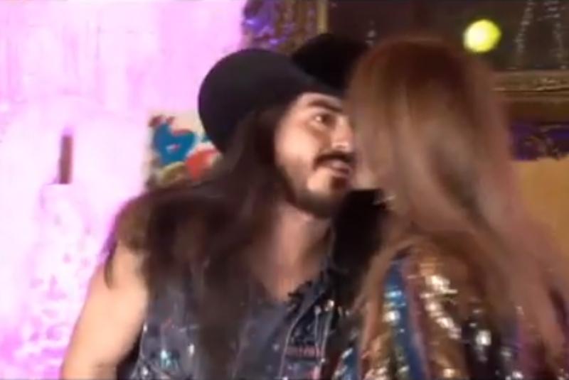 """Lucía Méndez cachetea al """"Rey Grupero"""" por robarle beso (+video). Noticias en tiempo real"""