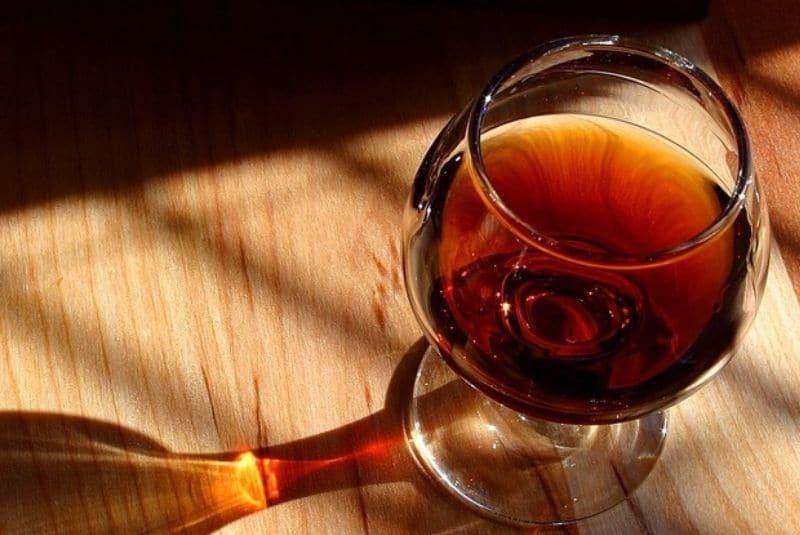 Coñac de 1777, destilado bajo Luis XVI, adjudicado por más de 55 mil dólares