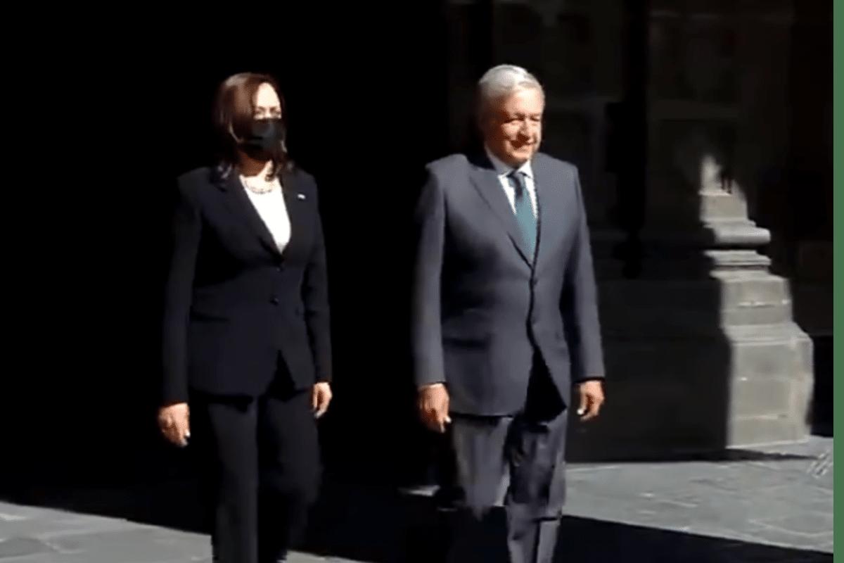 Se reúne Kamala Harris con el presidente López Obrador