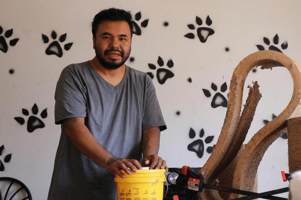 Juan, el cineasta que se dedica a salvar gatitos en Huehuetoca