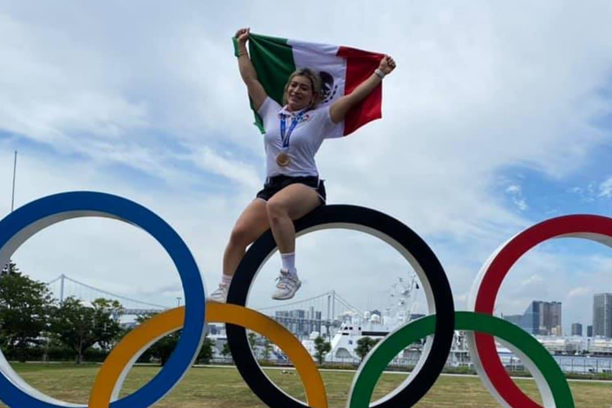 Jaime Bonilla premia a la halterista Aremi Fuentes con cheque sin fondos. Noticias en tiempo real