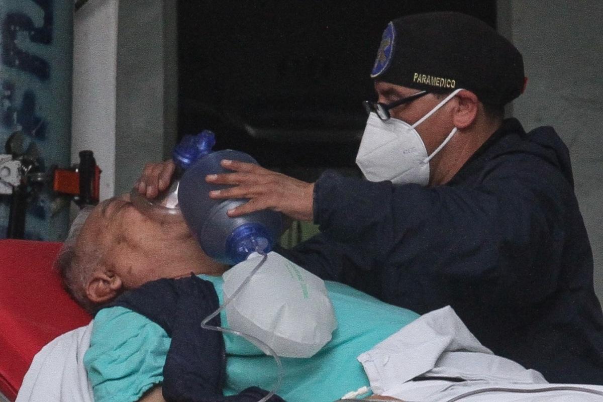 Médicos cubanos sin título atendieron Covid: PAN. Noticias en tiempo real