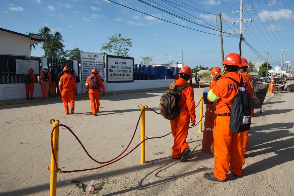 AMLO achaca conflicto de la refinería a pugna de sindicatos. Noticias en tiempo real